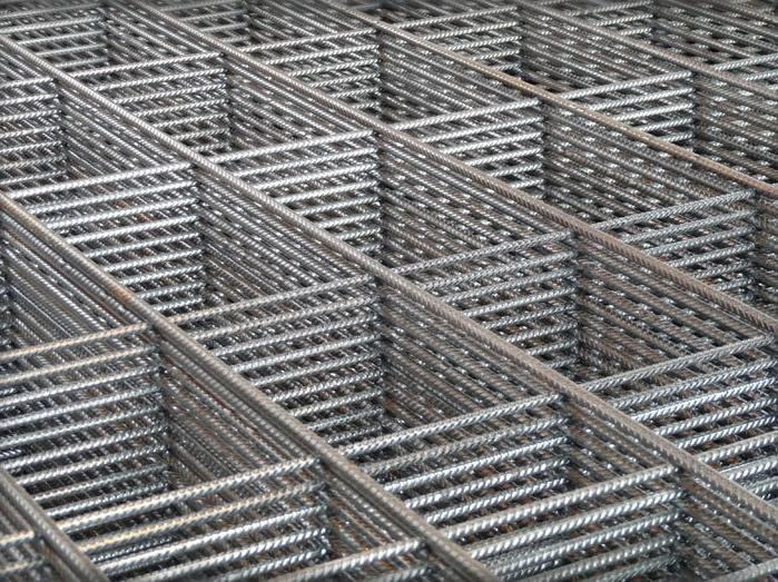 f401ffe2172ca Predaj stavebného železa , kari siete a roxor do základov.